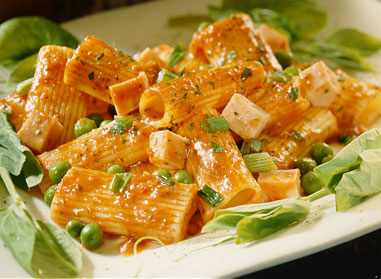 Rigatoni with Ham and Peas